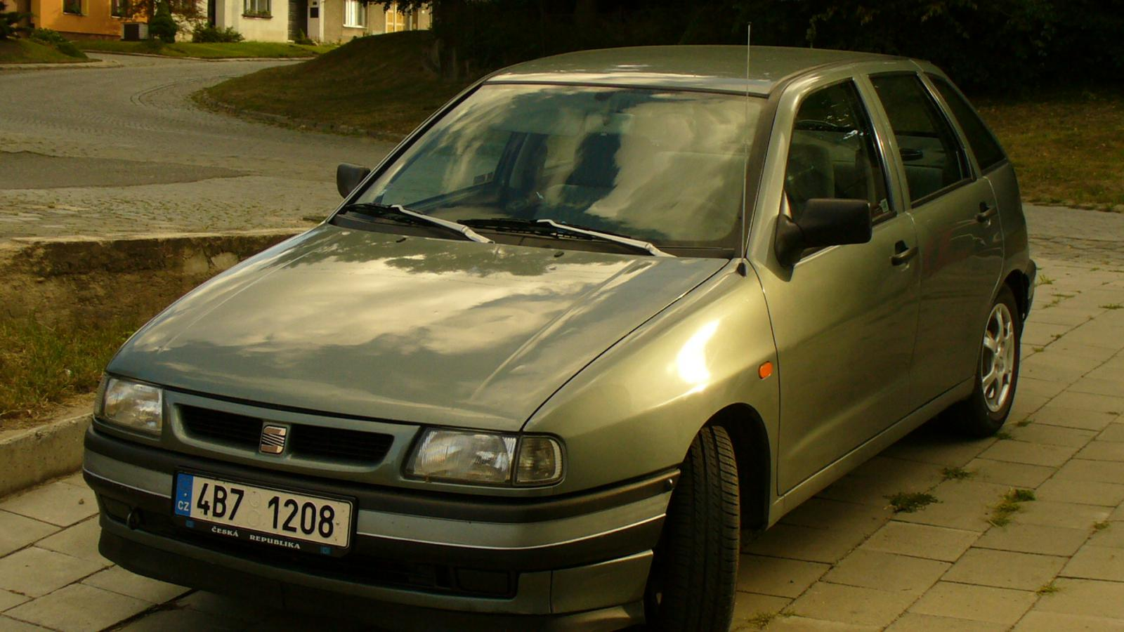 1994 seat ibiza 1 4 85 cui gasoline. Black Bedroom Furniture Sets. Home Design Ideas