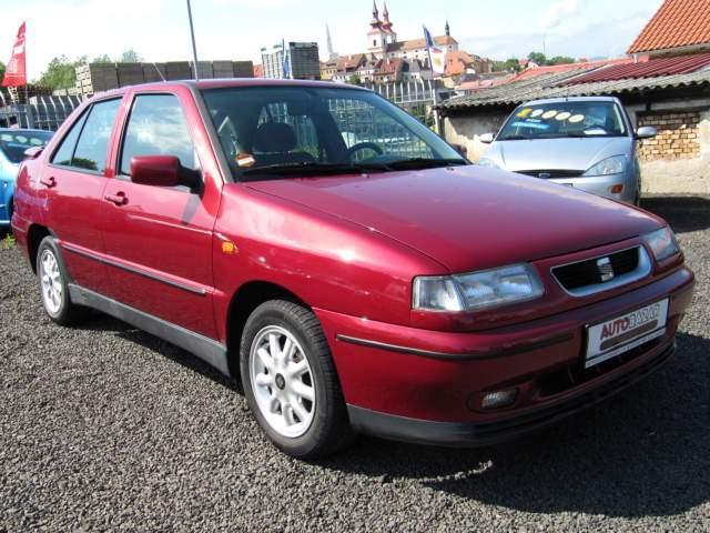 1997 seat toledo mk1 typ 1l  generation 1 1 6  97 cui  gasoline 74 kw 124 nm Seat Ibiza 2003 Seat Toledo